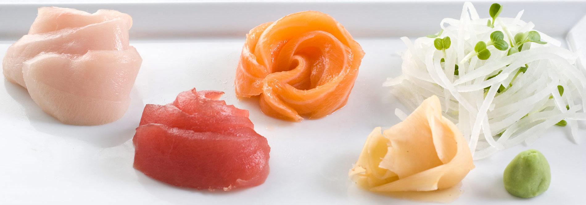 yellowtail sashimi preparation